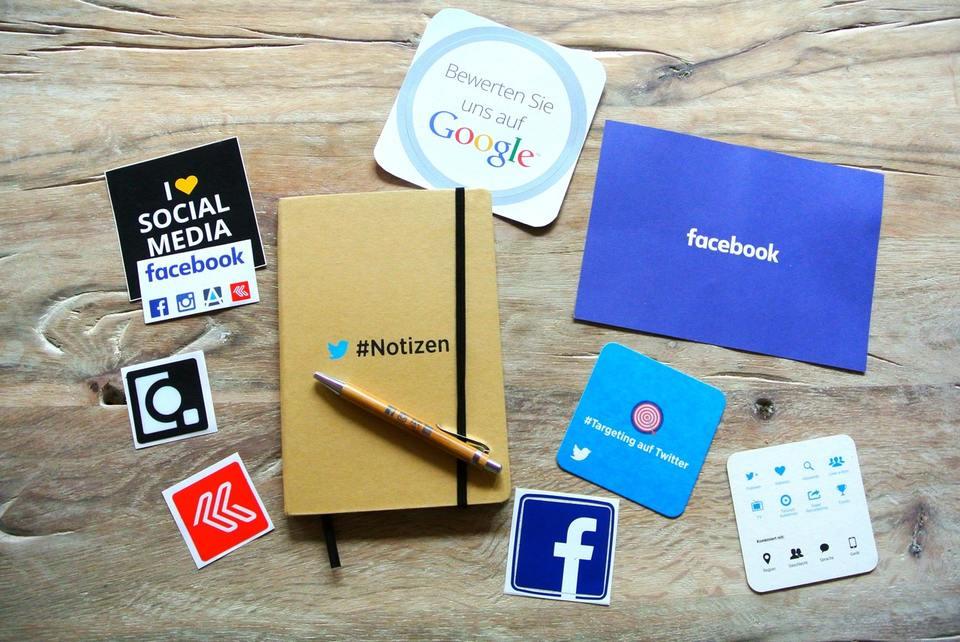 ¿Por qué tu escuela debería tener Redes Sociales?