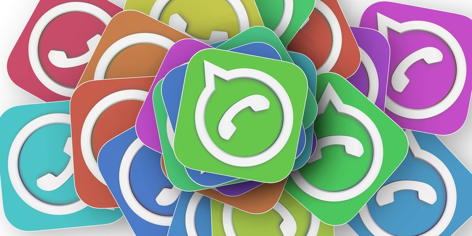 4 fallas de los grupos de WhatsApp en la comunicación escolar y cómo solucionarlas